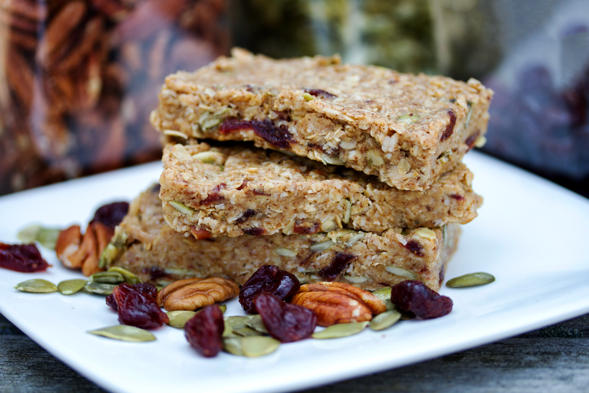 Homemade Granola Bars by Carpe Diem Nutrition